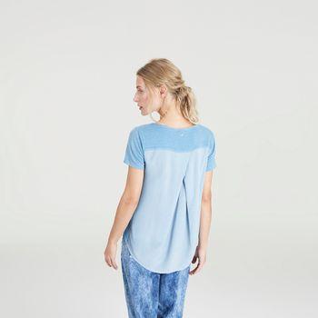 blusa-detalhe-costas-azul