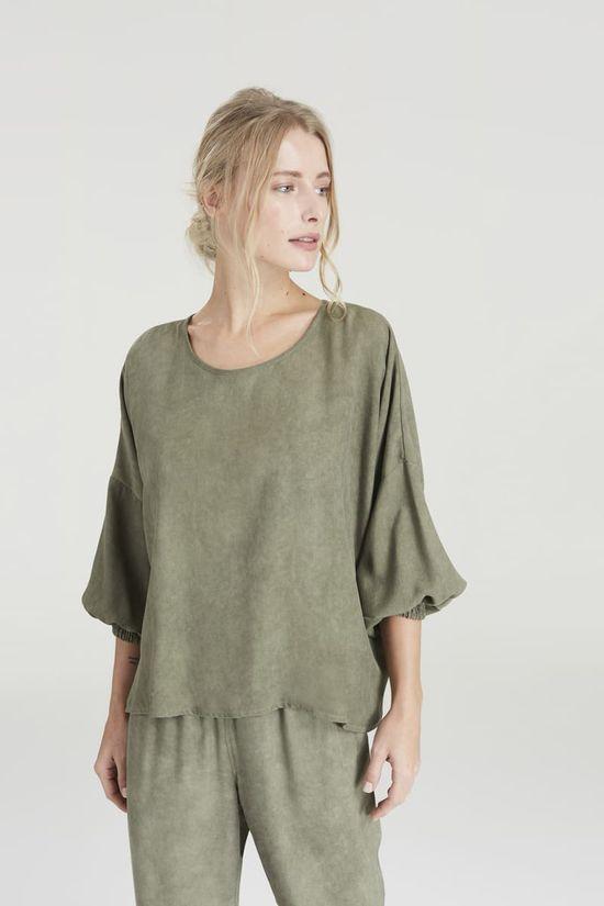 blusa-lastex-manga-verde