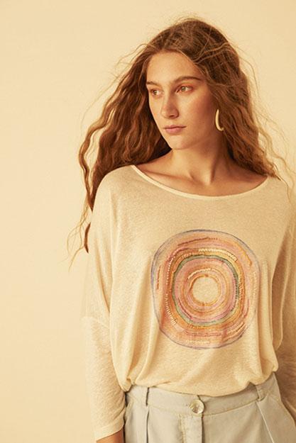 verao-17-camiseta-mao-girassol