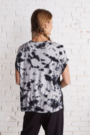 camiseta-tie-dye